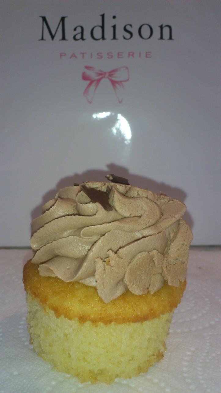 Voici mon cupcake nutella Avant...