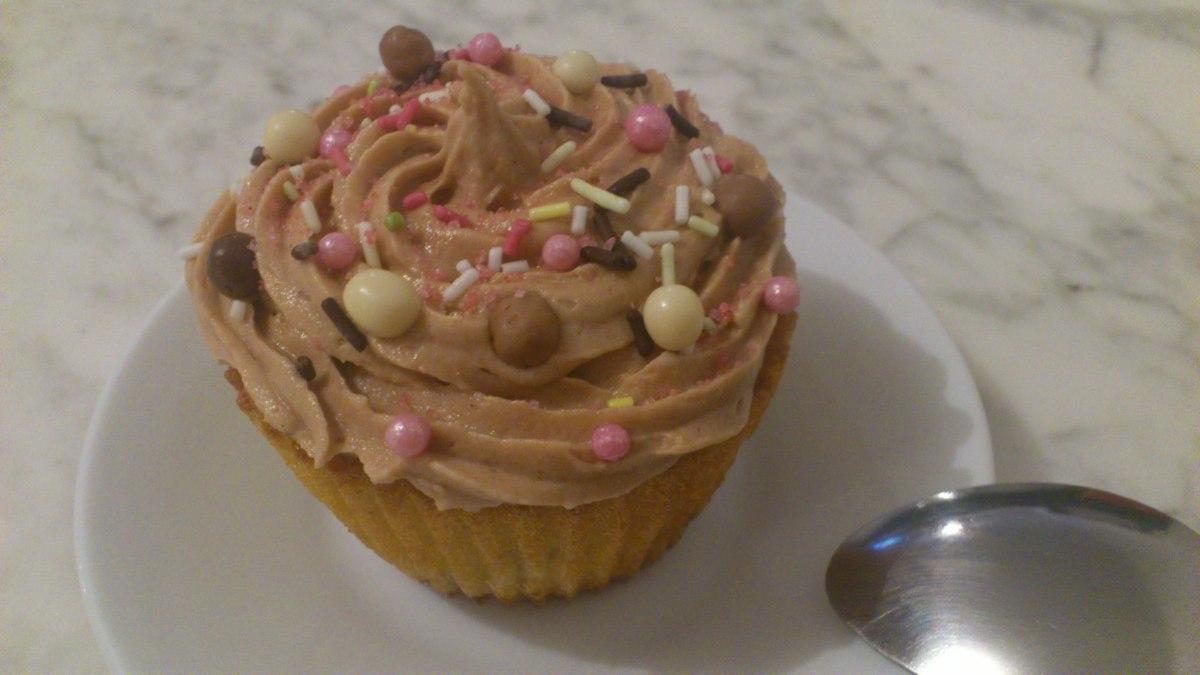 Recette : Mes premiers Cupcakes Tutti Frutti explosifs & Cupcakes Salés