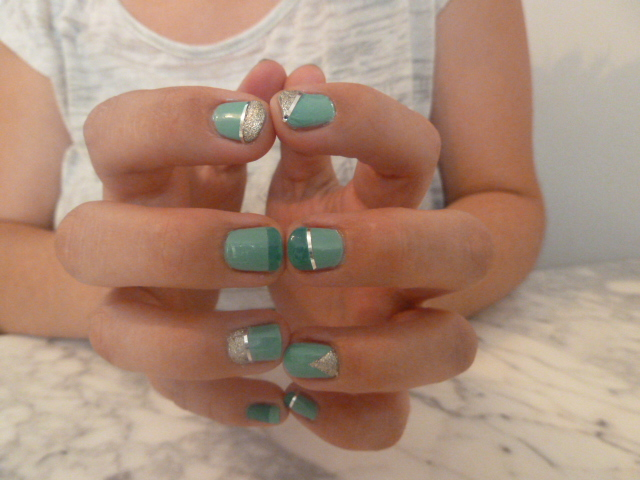nail-art-vert-tie-and-dye