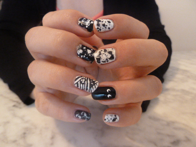 nail-art-halloween-splatter-black-and-white
