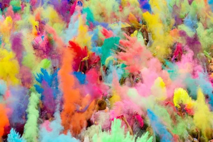Holi-le-festival-des-couleurs-Inde