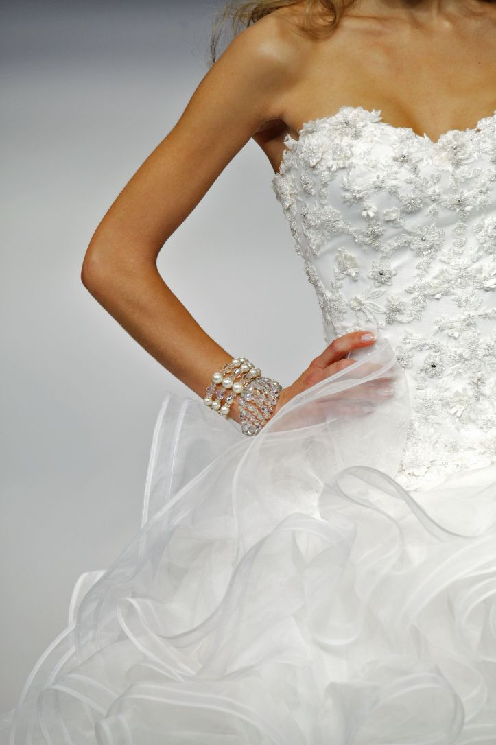 rs76-hot-sale-a-line-organza-strapless-chapel_train-beading-wedding_dresses-5