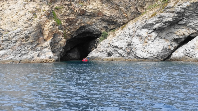 road_trip_boat_banyuls_sur_mer_holiday