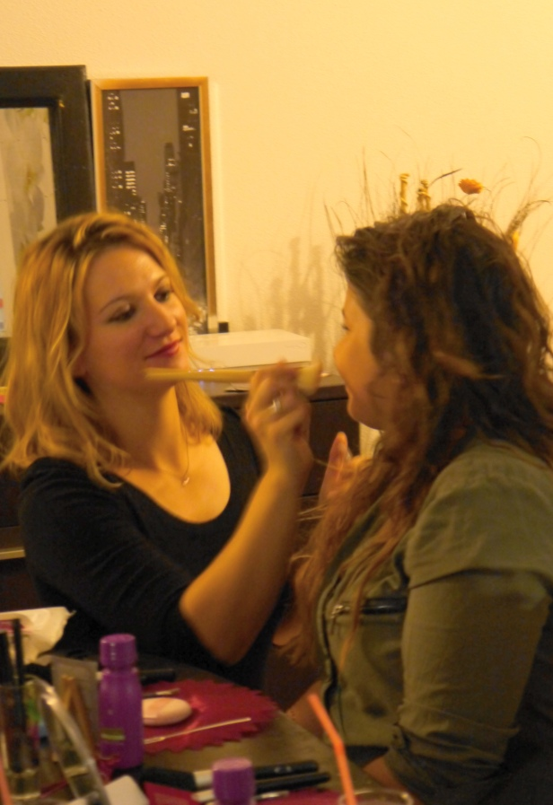 make-up-party-lr-isis-adomicile
