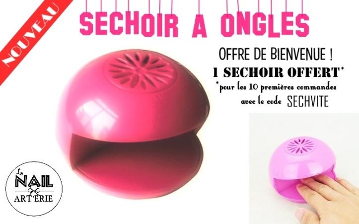 sechoir-a-ongles-rose-offert-cadeau-nail-art