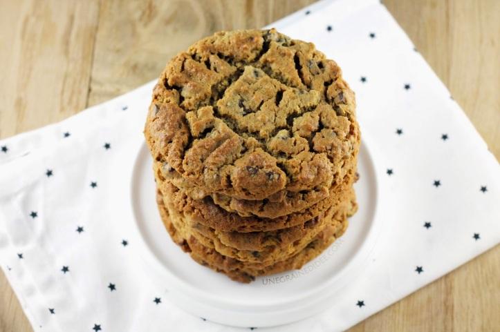 Un go ter enneig cookies au beurre de cacahu te p pites de chocolat au lait la revue de sam - Cookies beurre de cacahuete ...
