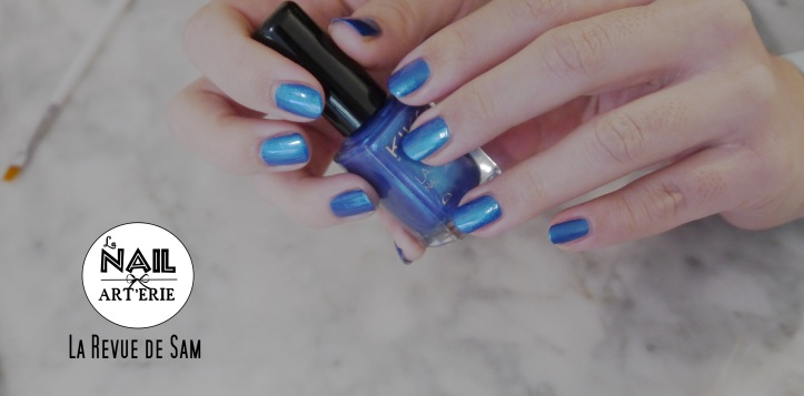 nail-art-tuto-galaxy-nails-nailstorming-favori-nail-polish-blue