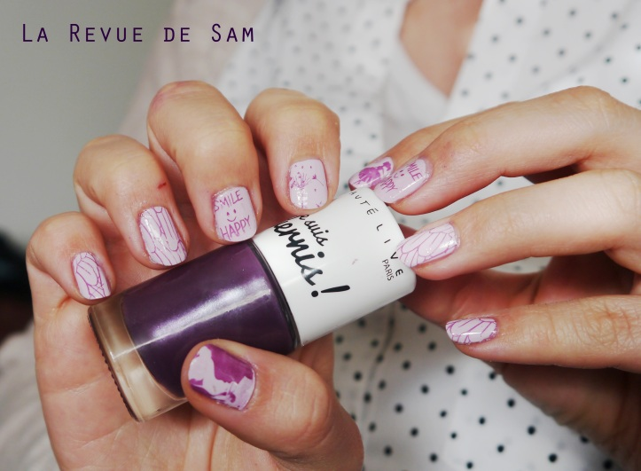 signe-astrologique-vernis-beautelive-myrtille-irise-nailstorming-stamping-nail-art-vierge