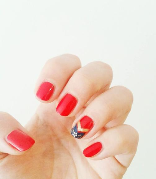 nail-art-bijou-ongles-charms-bande-dessinee-bd-comics-wonder-woman